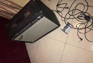 Selling Guitar Amplifier