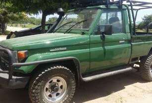 1990-fj75-toyota-pickup-4-2-diesel-manual-us12000