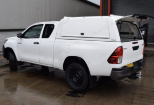 We-are-looking-for-used-toyota-safari-vehicle-and-used-toyota-hilux-single-cabin-vehicle-to-buy